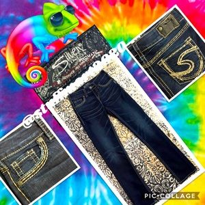 """SILVER SUKI NWOT MID STRAIGHT JEANS 25""""X32"""""""